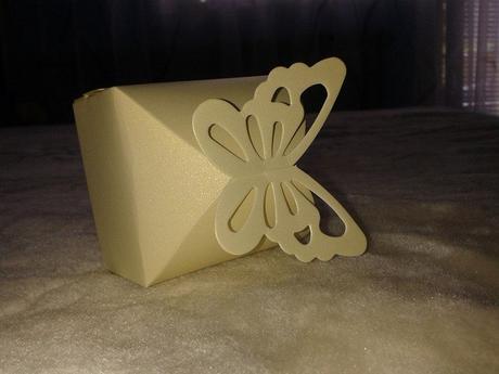Krabička na sladkosti pre hostí,