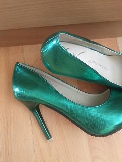 Úžasné zelené lodičky veľ.38, 38