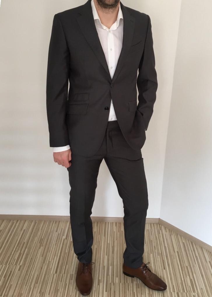 83765e196c Pánský oblek slim fit tmavě šedý - vel. 50