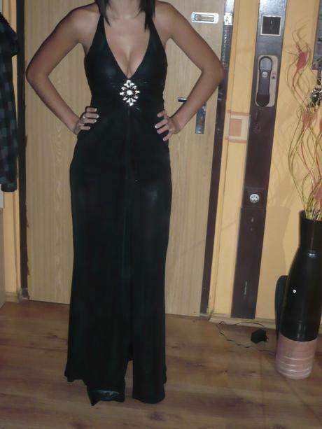 Nádherné priliehavé sexi satenové šaty , 36