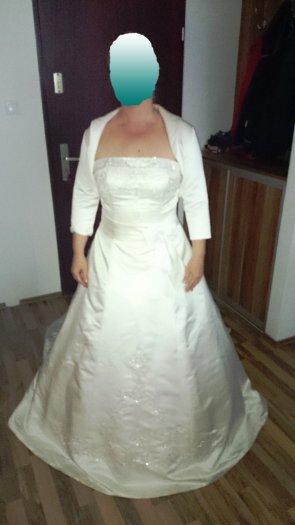 Princeznovské svadobné šaty, 40