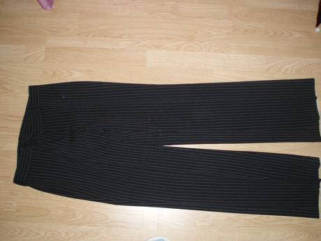 kostym čierny.38, 38
