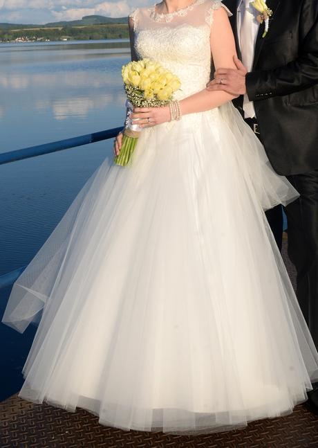 Svadobné šaty s doplnkami 40-42, 42