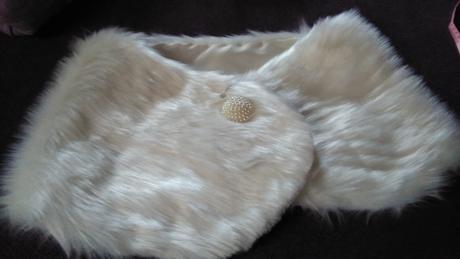 Kožešinová pelerína,