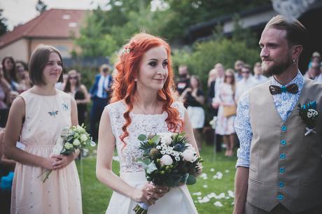 Dvojdílné svatební šaty, 36