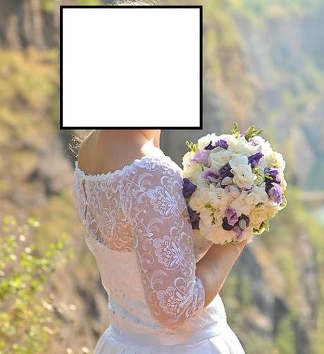 Korzetové šaty s bohatou sukní a krajkovým vrškem, 38
