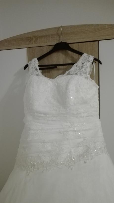 Svatební šaty 44-46 (vhodné pro těhotné), 44