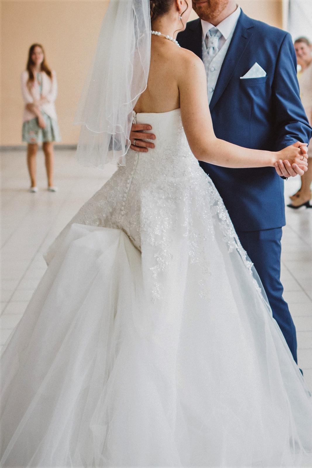 b4383ae7d18b Svadobné šaty zn. pronovias - olybeth