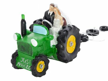 Figurka Nevěsta a ženich v traktoru,