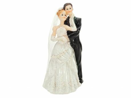 Figurka Ženich a nevěsta se zdobenými šaty,