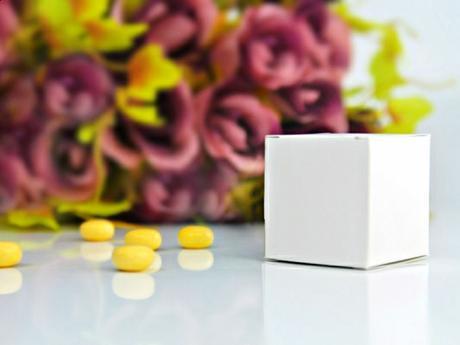 Krabička na svatební mandle bílá,