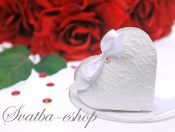 Krabička srdíčko na svatební mandle bílá,