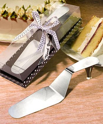 Servírovací lopatka na svatební dort střevíček,