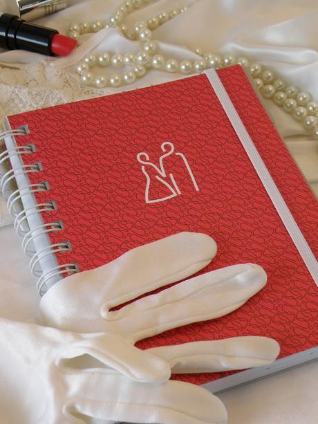 Svatební diář červený,