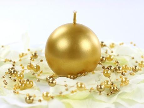 Svíčka koule ø 60 mm perlěťová zlatá,