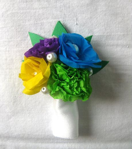 Duhová svatební kytice a korsáž,