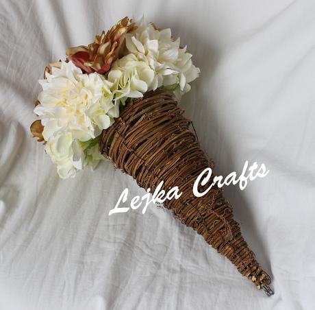 Svatební kytice hortenzie + jiřiny,