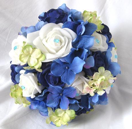 Svatební kytice královská modrá,