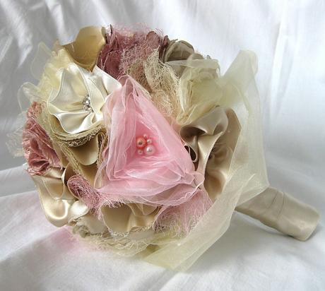 Svatební kytice - látková,