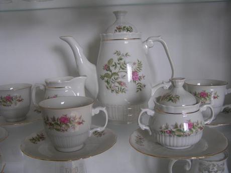 Porcelánová čajová súprava,