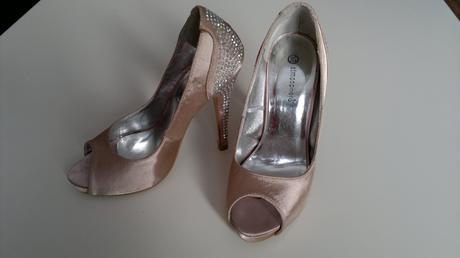 Staroružové high heels s kamienkami na podätku, 36