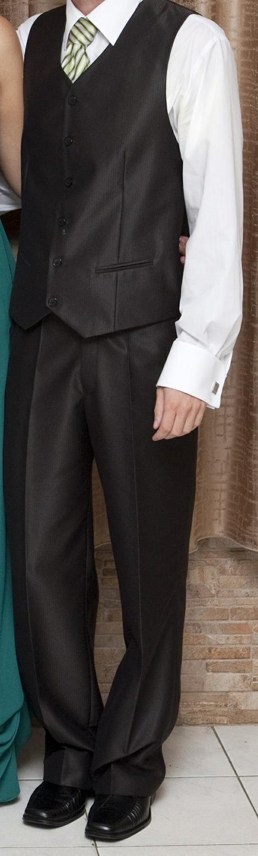 Svadobný oblek, 46