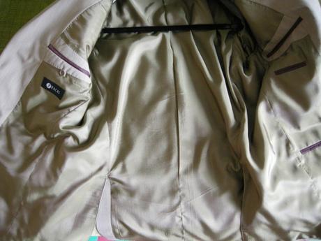 8e81859d064 Pánský elegantní oblek béžové melírované barvy s m