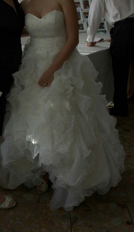 Princeznovske šaty, 38