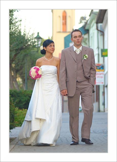 svadobny oblek, 42