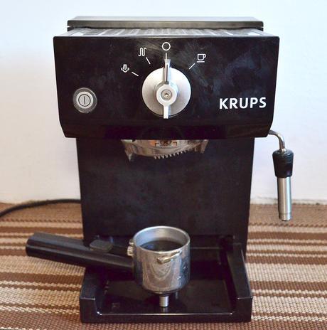 Kavovar Krups na nahradne diely,