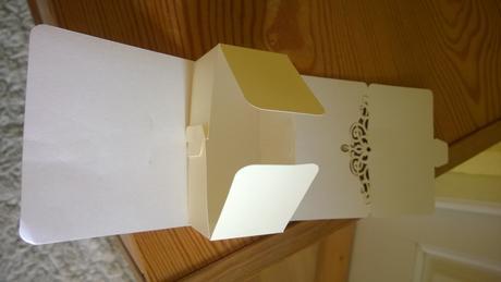 Malé krabičky na darčeky pre hostí 90ks,