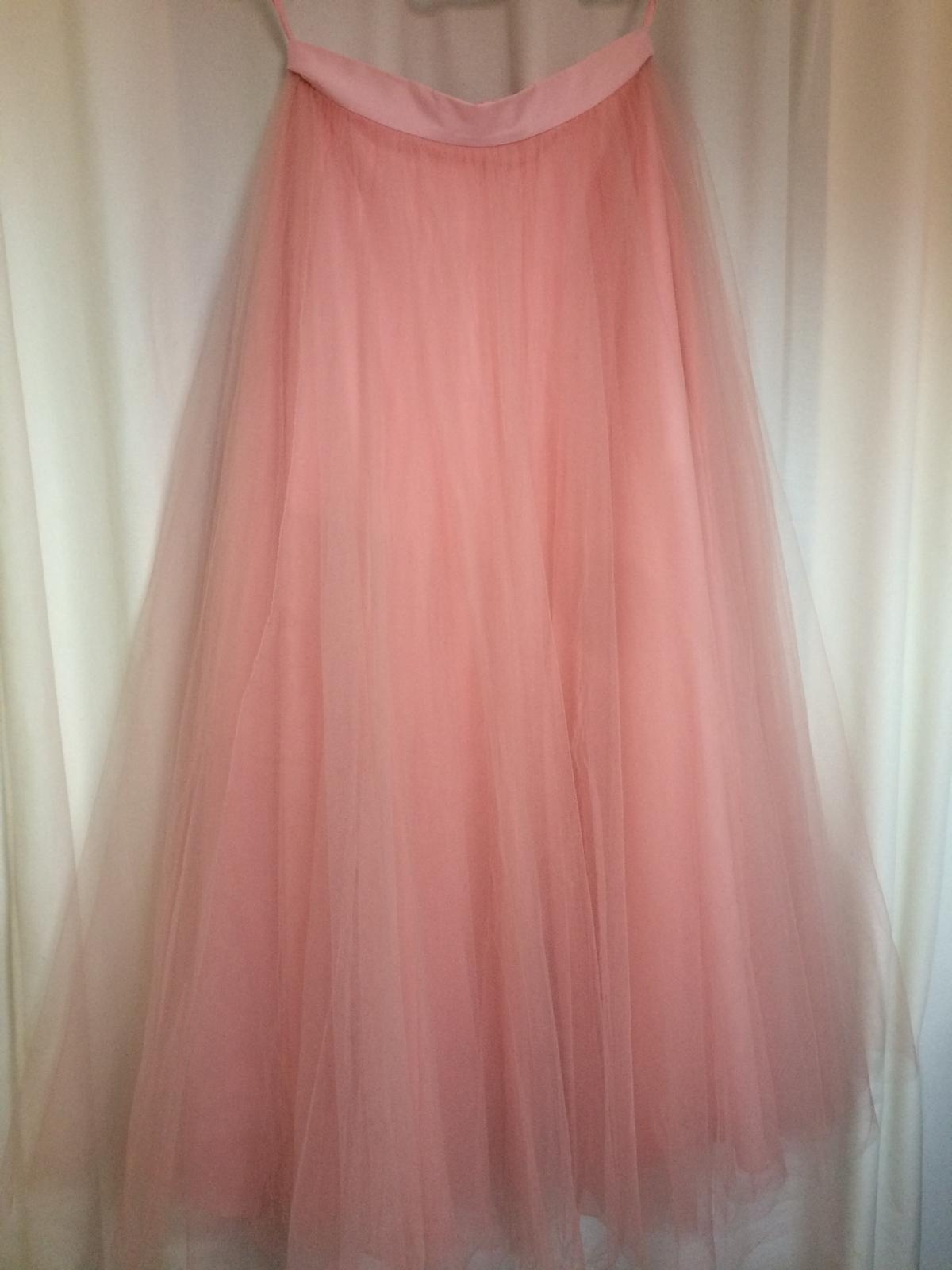 dce505b35a16 Dlhá tylová sukňa