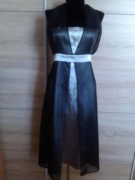 Šaty sivé , 36