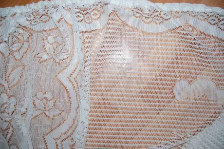 Zaclona so strapcami,pekny motiv,222 x 282cm,