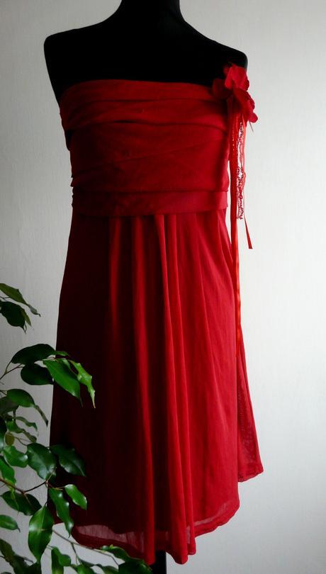 úpletové šaty, 38