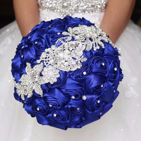 Královsky modrá,