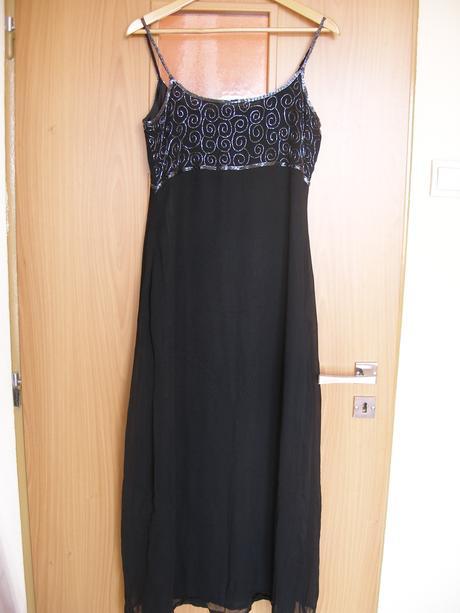 Čierne spoločenské šaty , M