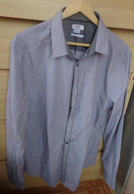 Nenošená šedá košile , 42