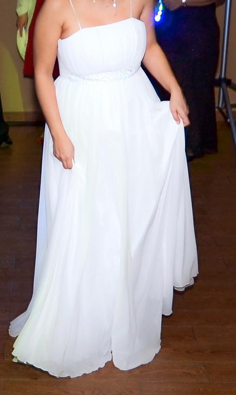 Svadobné šaty vhodné pre tehulky 84f278e08b8