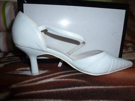biele svadobne topanky, 37