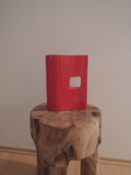 Červená váza,
