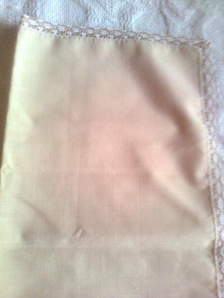 hnedý štvorcový obrus 65 cm - dečka,