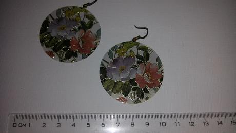 kvetinové náušnice,
