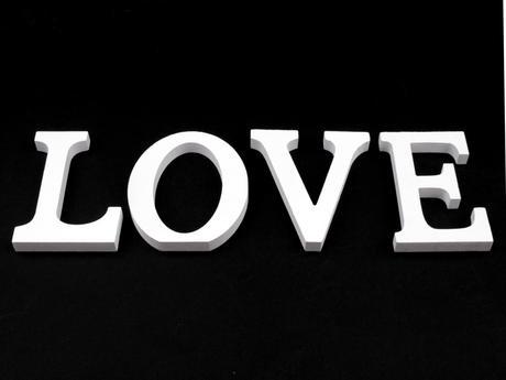 Dřevěná písmena-LOVE,