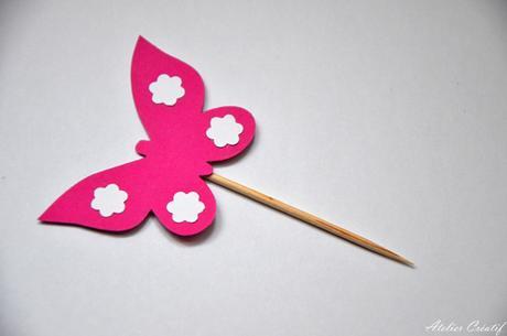 Rautová napichovátka-motýl II.,
