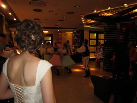 Elegantné svadobné šaty, 38