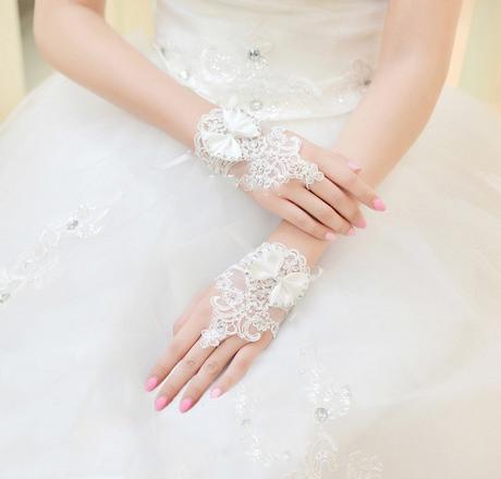Krajkové svatební rukavice 01-SKLADEM,
