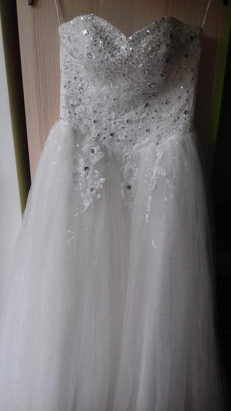princeznovské šaty, 32