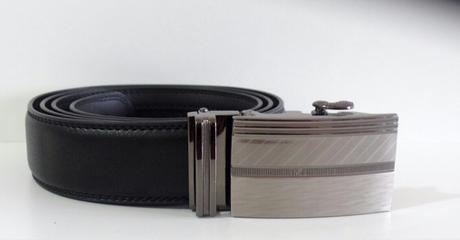 Automatický pánský opasek s luxusní kovovou sponou,
