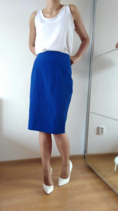 Luxusní sukně modré barvy se stylovým zlatým zipem, 40